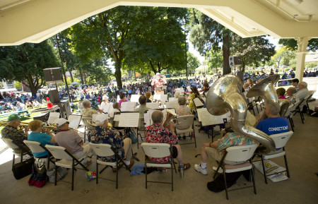 Vancouver Pops Orchestra at Esther Short Park. Photo courtesy of The Columbian.